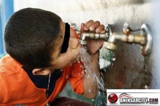ساكنة بني انصار تطالب المسؤولين بتبسيط الاجراءات لربط المنازل بالتيار الكهربائي والماء الصالح للشرب