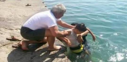 غرق طفلان ببحر بويايافر بجماعة إيعزانان يسكنان بمدينة أزغنغان