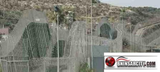 وزارة الداخلية الإسبانية: رفع مستوى علو السياجات الحدودية التي تفصل مليلية عن الداخل المغربي