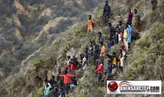 عاجل: محاولة إدخال الأفارقة الى مليلية أثناء الانصات للخطاب الملكي  بمناسبة الذكرى الثانية والأربعين للمسيرة الخضراء