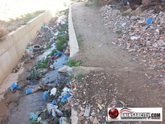 خطير: إفراغ مجاري مياه الواد الحار بواد سيدي موسى غاسي ببني انصار
