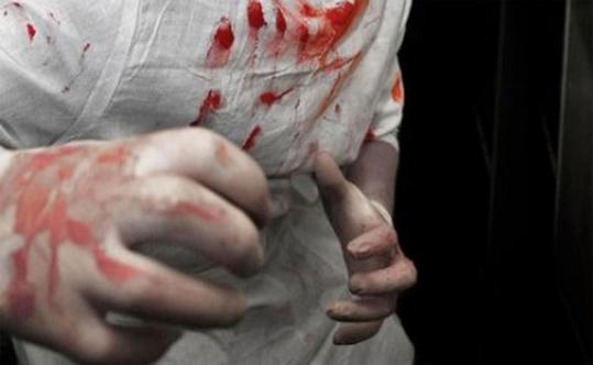 تلميذ يقدم على ضرب وإحداث جرح خطير بسكين لصديقه بالثانوية