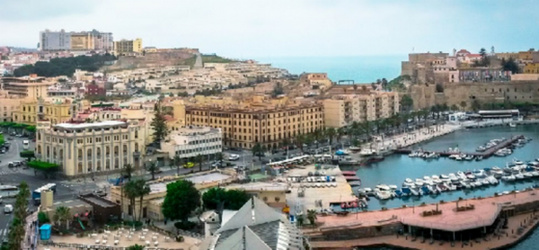 مليلية: السياح المغاربة يفضلون الاستمتاع بشاطئ  المدينة المحتلة