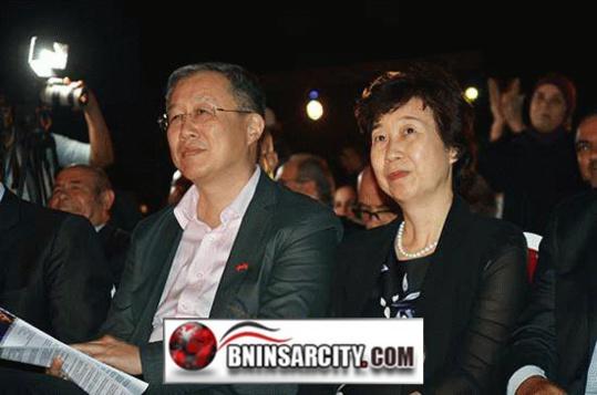 """رئيس الحكومة الإسبانية الأسبق """"خوصي ماريا ثاباتيرو""""، يحضر حفل افتتاح مهرجان السينما الدولي بالناظور/ فيديو"""