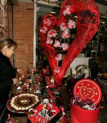 ماذا يعني عيد الحب عند الشباب المغربي؟