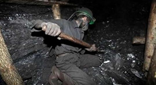 فاجعة جديدة بجرادة انهيار آبار الفحم الحجري على رؤوس العمال ووفاة قتيلا جديدا