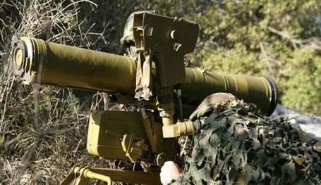 استهداف حافلة جنود إسرائيليين شرقي غزة بصاروخ موجه من قبل فصائل فلسطينية