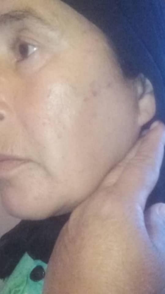 """عصابة إجرامية تعتدي على سيدة بالماء القاطع في عقر دارها بحي سيدي موسى """"غاسي"""" ببني انصار/فيديو"""
