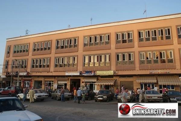 تجار فرخانة عرضة للإفلاس بسبب عدم  استلام محلاتهم التجارية