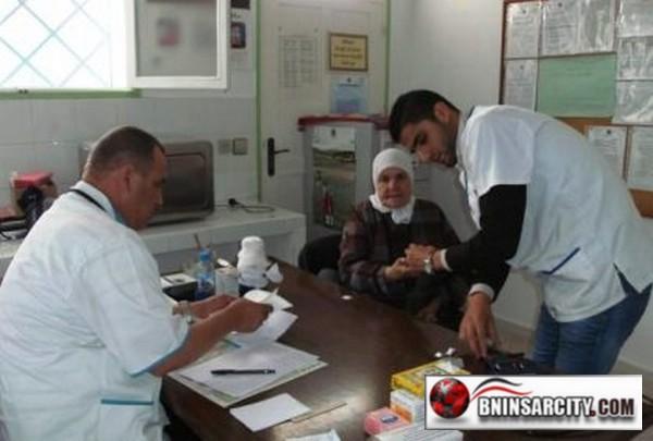 الدكتو طبيب أحمد ضمن قافلة طبية بالمستوصف الصحي إدودوحن المتواجد بتراب جماعة بني شيكر باقيم الناظور