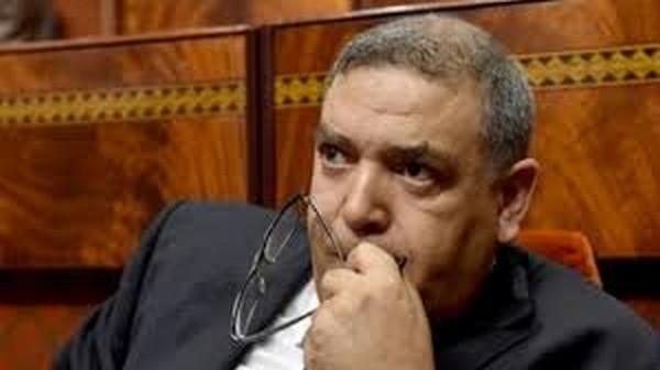 وزير الداخلية يفاجئ رؤساء الجماعات بالناظور بإقرار مرسوم تنظيمي للمحاسبة العمومية للجماعات ومجموعاتها