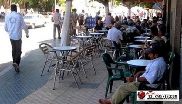 حملات على المقاهي التي تستغل الملك العام ببني انصار