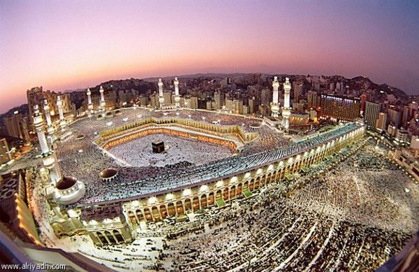 إنشاء هيأة دولية لمراقبة إدارة السعودية للحرمين
