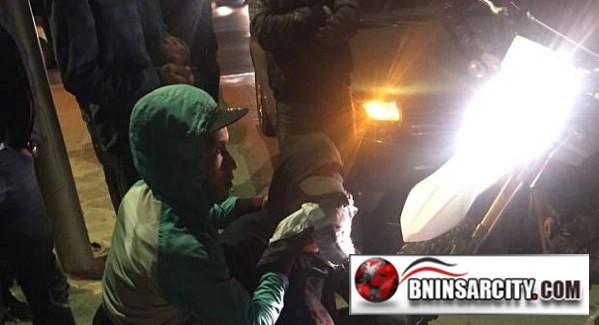 عاجل: شاب يشرمل مواطن بسكين على مستوى الوجه بكورنيش الناظور/ فيديو