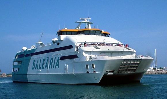 مليلية المحتلة: تخفيض أسعار التنقل إلى مالقا و ألميريا مقابل 20 يورو ذهابا و إيابا