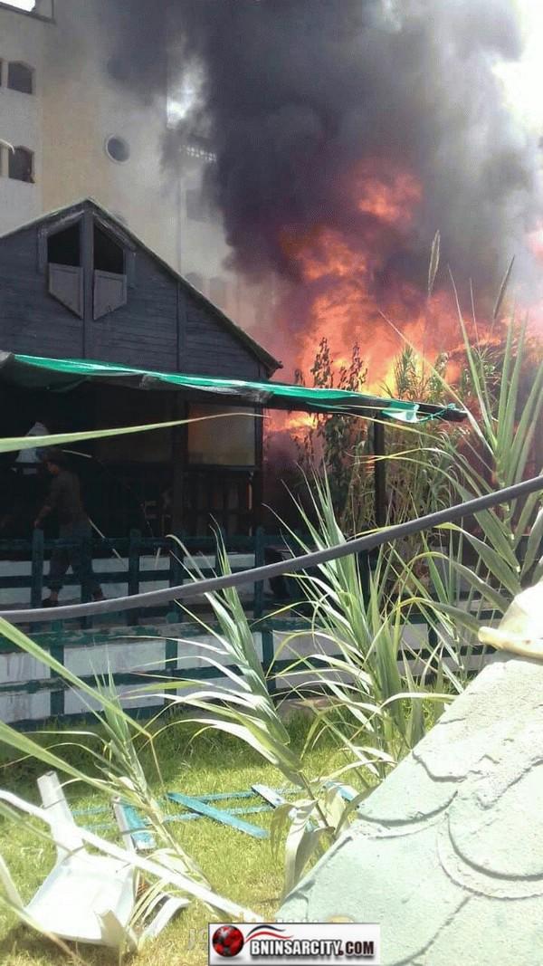 """اندلاع حريق في مبنى قريب من ميناء """"سيدي حساين"""" ببويافار/ فيديو"""
