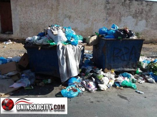 مهزلة تراكم الأزبال بمدينة بني انصار: ارتسامات المواطنين/فيديو