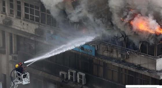 """حادث اضرام النار:  رجل أربعيني يقدم  تحت تأثير المخدرات بسكب """"الدوليو"""" على  الافرشة لتندلع النيران"""