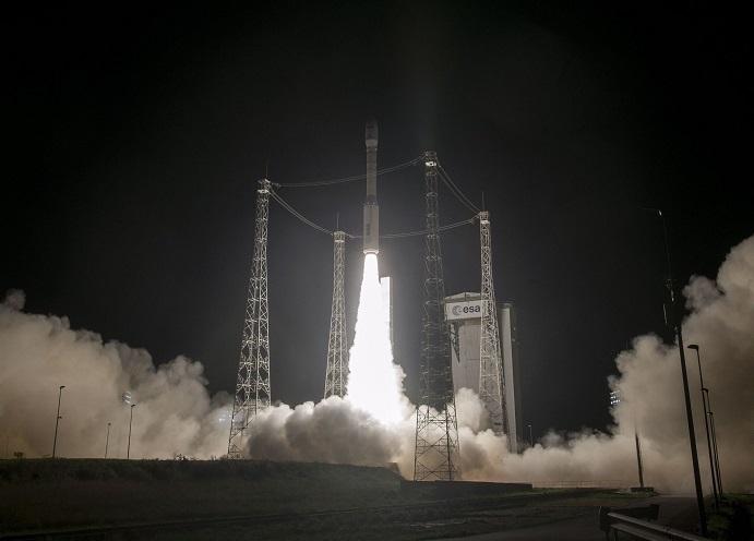"""المغرب يطلق القمر """"محمد السادس ب"""" لمراقبة التراب الوطني/ فيديو"""