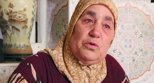 والدة ناصر الزفزافي قائد حراك الريف تطير إلى فرنسا لاستئصال ورم سرطاني