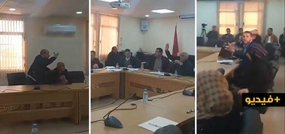 المجلس الجماعي بسلوان: تهم خطير تبادلها عضو في الاغلبية واخر في المعارضة/ فيديو