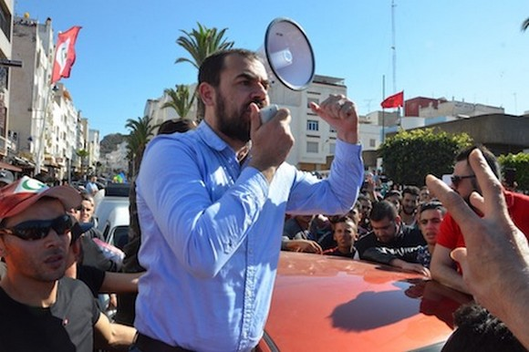 مسيرة احتجاجية بالحسيمة للمطالبة باطلاق سراح المعتقلين/ فيديو