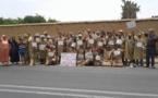 الجوع يخرج عمال زراعيين للاحتجاج بلباس خنشة مشرملة