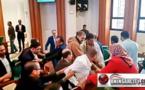 """فضائح.. اشتباكات عنيفة و سب وشتم بين مستشارو حزب """"البام"""" والبيجيدي  بمجلس عاصمة المغرب/ فيديو"""