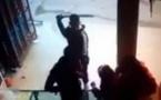 """هجوم بسيف """"الساموراي"""" على محل تجاري في واضحة النهار/ فيديو"""
