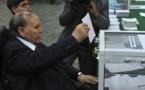 الحزب الحاكم بالجزائر يعلن ترشيح بوتفليقة