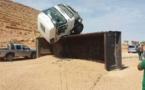 حادثة سير  خطيرة:  انقلاب شاحنة محملة بالرمال بالطريق الرابط بين زايو وسلوان