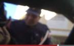 """فضيحة :  مواطن يُقدم """"رشوة"""" لشرطي من أجل استعادة أوراق سيارته"""
