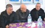 إضراب مهنيي قطاع الصيد البحري بميناء بني انصار ردا على تعنت إدارة المكتب الوطني للصيد البحري / فيديو