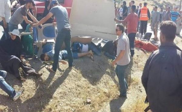 فاجعة..قتلى و جرحى في حادثة مميتة بين حافلة عمومية و شاحنة من الحجم الكبير