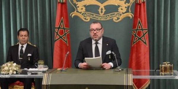 زيارة المٓلك محمد السادس الى الحسيمة و إلقاء خطاب العرش من هناك نهاية شهر يوليوز