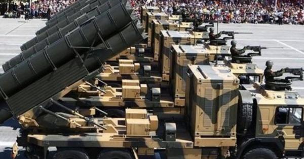 الجيش المغربي يجرّب أسلحة ثقيلة جديدة  على الحدود مع الجارة الشرقية الجزائر