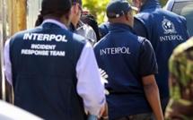 """الشرطة الدولية """"أنتربول""""في حالة استنفار،سرقة شاحنة مليئة بالمتفجرات"""