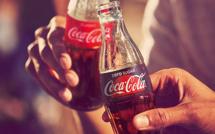 """الشركة العملاقة """"كوكاكولا"""" تستعد لمغادرة المغرب  بسبب اعتزام الحكومة رفع الدعم عن مادة السكر"""