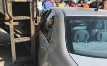 حادثة خطيرة: قطار بمدخل مدينة بني انصار يصطدم بسيارة من نوع ميرسيديس