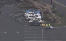 سبحان الله: حفرة تبتلع عدة سيارات في الولايات المتحدة
