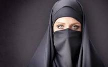 الجزائر تمنع ارتداء النقاب رسميا